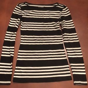 Old Navy XS stretch extra soft long sleeve top b/w